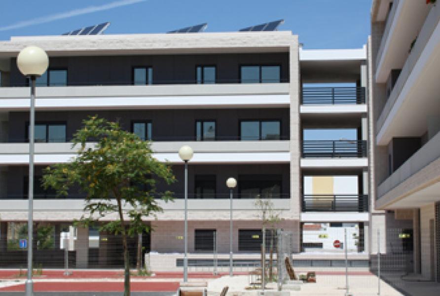 Beautiful Condominio Terrazzo Images - Idee per la casa ...